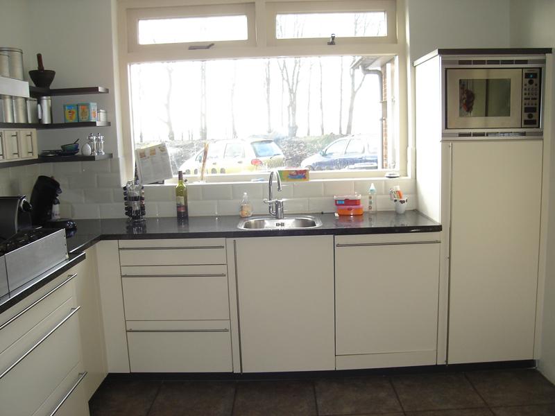 Keuken ontwerpen voorbeelden hoogglans keukens voorbeelden en mogelijkheden van - Hoekbank hok ...